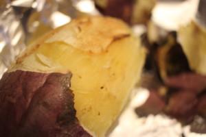 レンジ+グリルで簡単!本格的な焼き芋の作り方