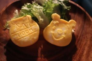 【簡単レシピ】ダイソーのシリコン型で作る!ふわとろキャラオムレツ