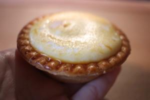 美味しすぎる♡ファミリーマートで購入できる焼きチーズタルトをレビュー!