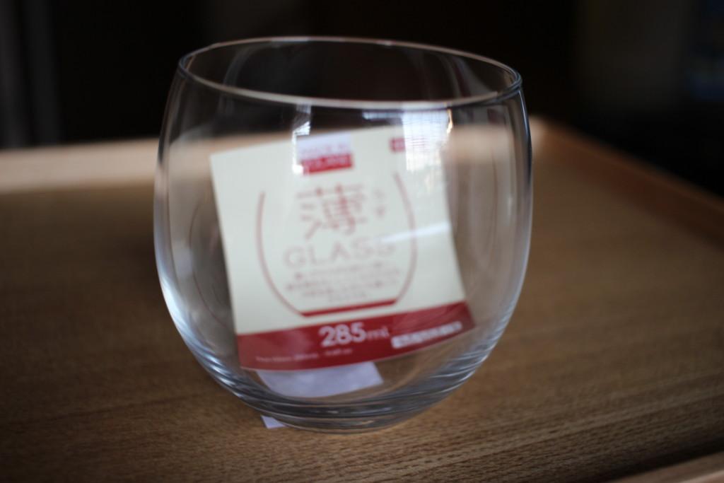 ダイソーで購入できる薄グラスの見た目