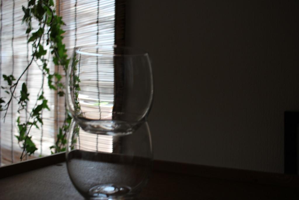 ダイソーで購入できる薄グラスを収納する時の状態の画像