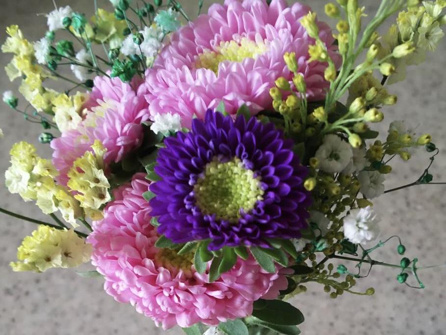 母の日のプレゼントとしてあげたブルーミーライフのお花の画像