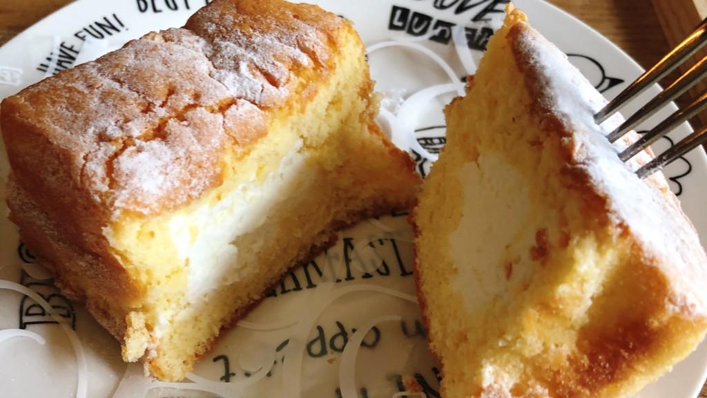 ローソンで買える生パウンドケーキの断面