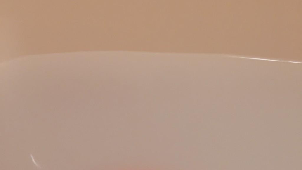 シーボディの入浴剤ヒノキを入れたお風呂の画像