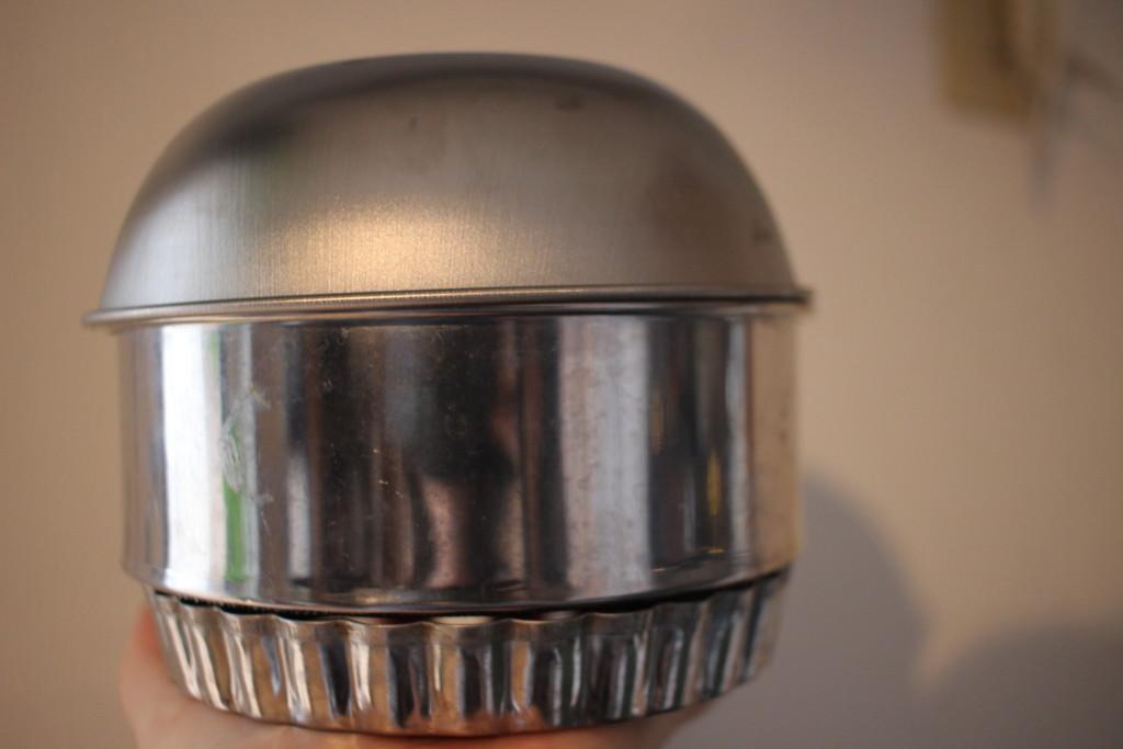 100均の材料で燻製器を作る方法
