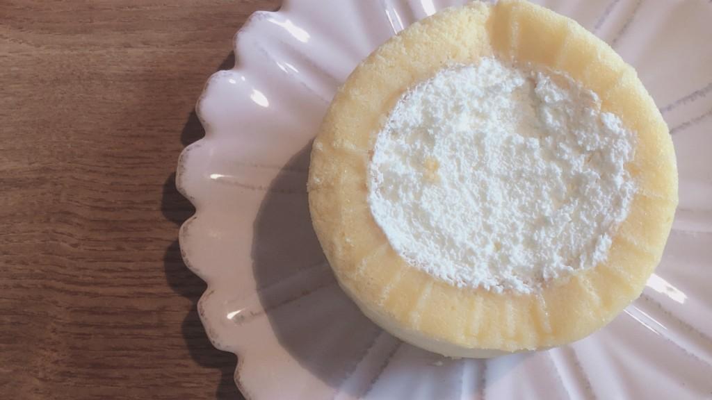 ローソンの2倍になったプレミアムロールケーキの味