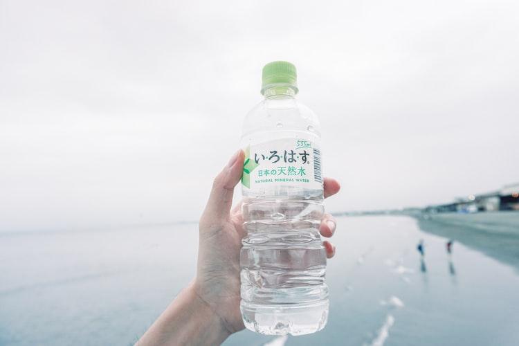 実際に効果があった水を飲む便秘解消方法