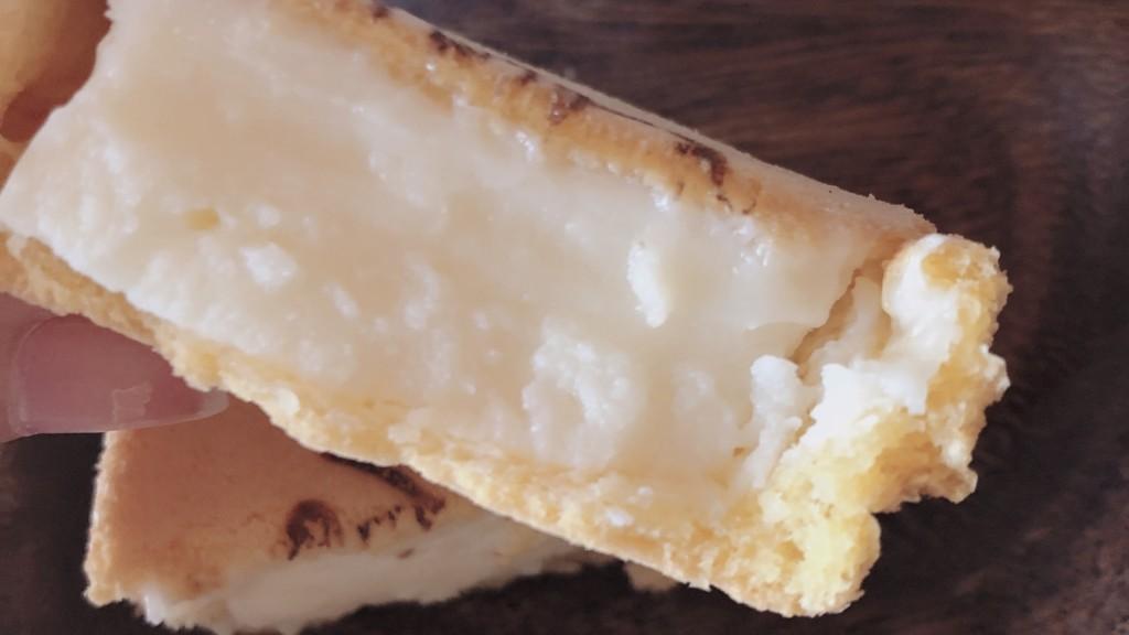 ファミマ限定!「ムーミンもちっとチーズ」の中身