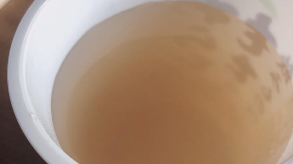 ファミマのわらびもちは飲み物ですのきな粉を入れる前のもの