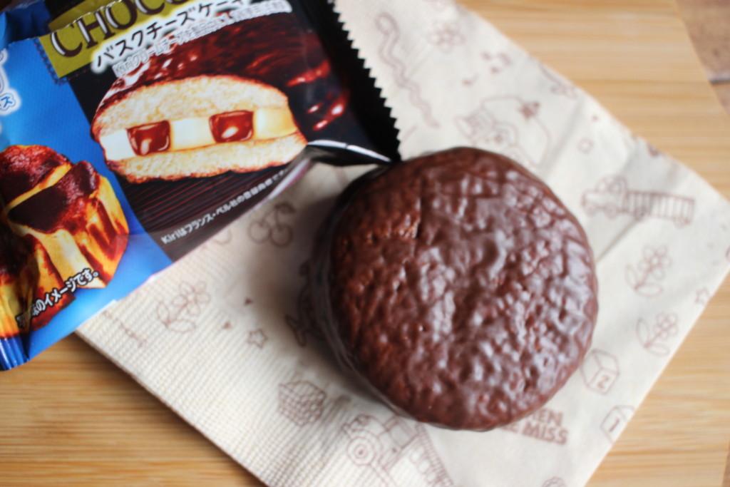 チョコパイ×Kiriコラボ!バスクチーズケーキ味の味