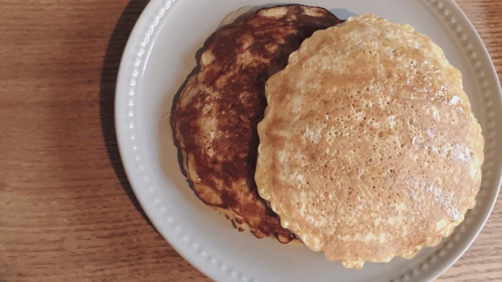 小麦粉不使用!オートミールパンケーキをぜひ作ってみて♪