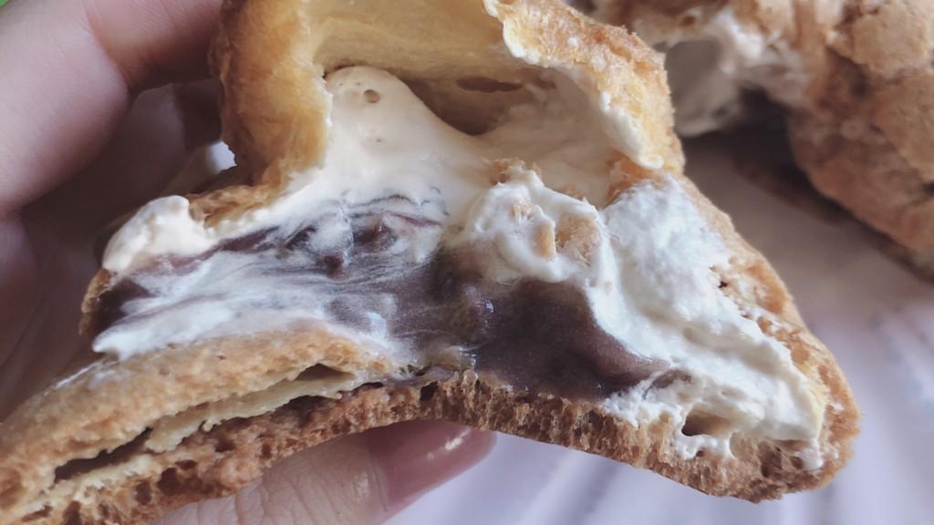 ファミマのあんこと黒蜜のシュークリームは和菓子好きさんも必見のスイーツ