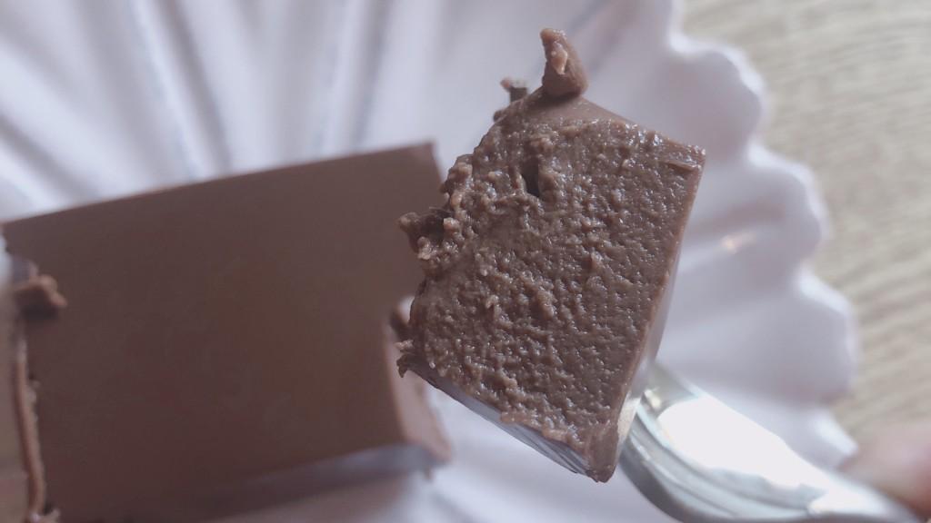低カロリーで甘いものがたべたくなったらぜひローソンのショコラテリーヌをチェックしてみて♪