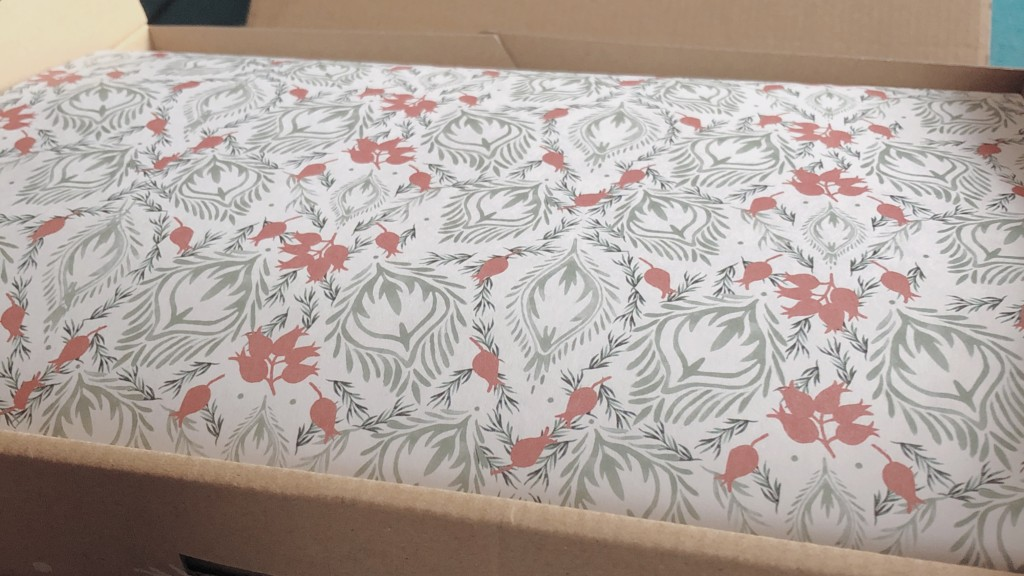 MY LITTLE BOX(マイリトルボックス )12月号を開封