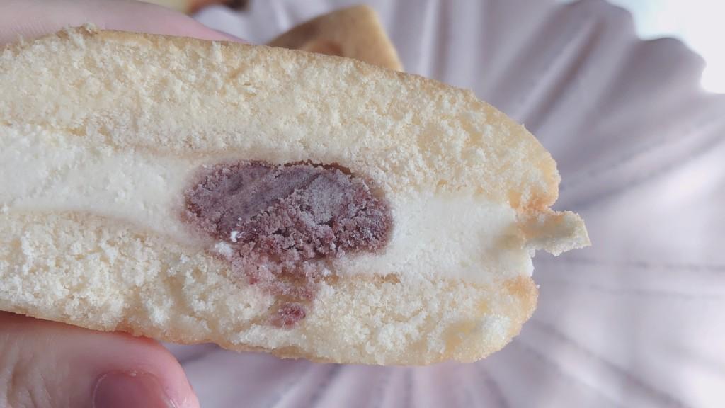 【ローソン】あんこバターケーキサンドの中身