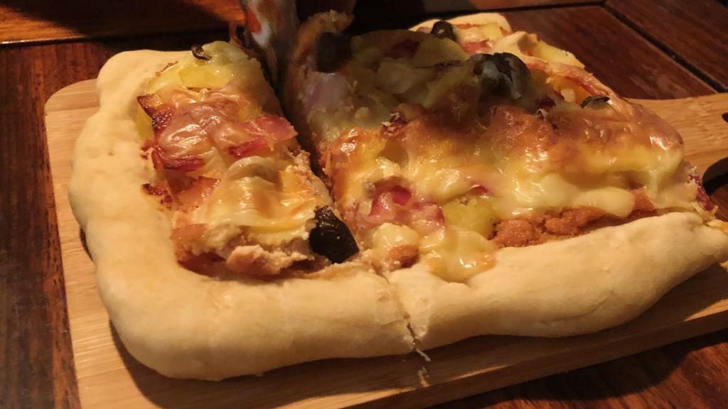 ③明太ポテトピザ