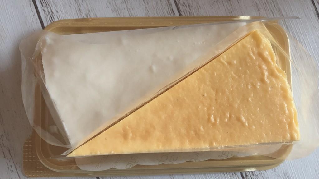 ローソンで購入できる、塩レアチーズケーキ&レモンチーズケーキを開封